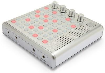 Bliptronic 5000 светодиодный синтезатор