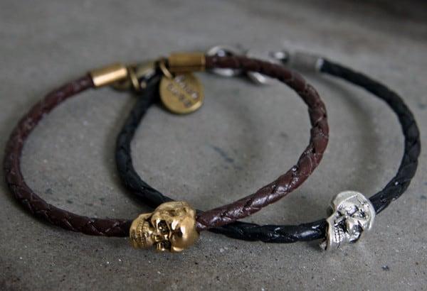 Плетеные кожаные браслеты с черепами от Dana Levy