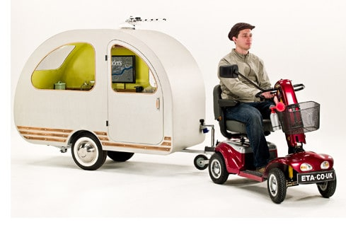 QTVan – дом на колесах для скутера