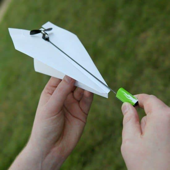 Электрический двигатель для бумажных самолетиков