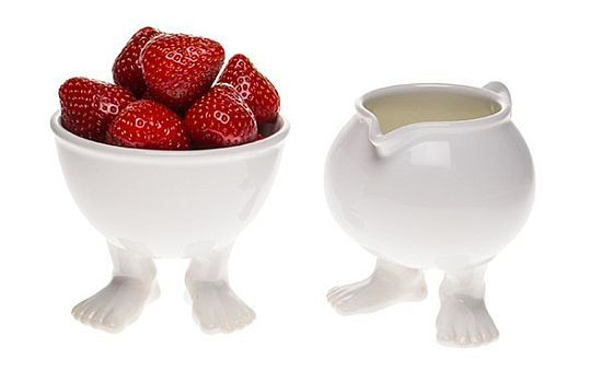 Efeet Bowl and Creamer