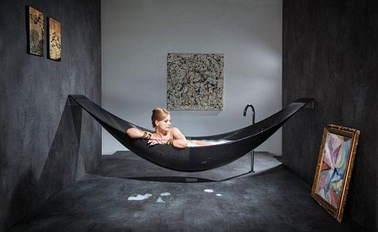 Floating hammock bath tub