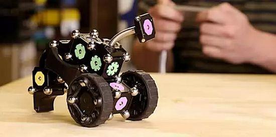 MOSS Robot Construction Kit