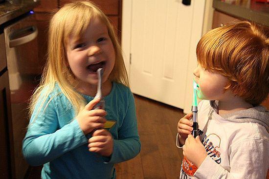 Star Wars Lightsaber Light-Up Toothbrush