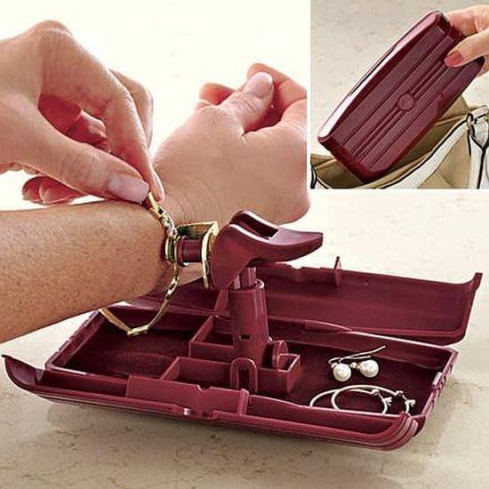 Bracelet Assistant