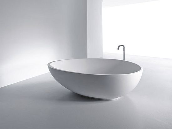 VOV Bathtub by MastellaDesign