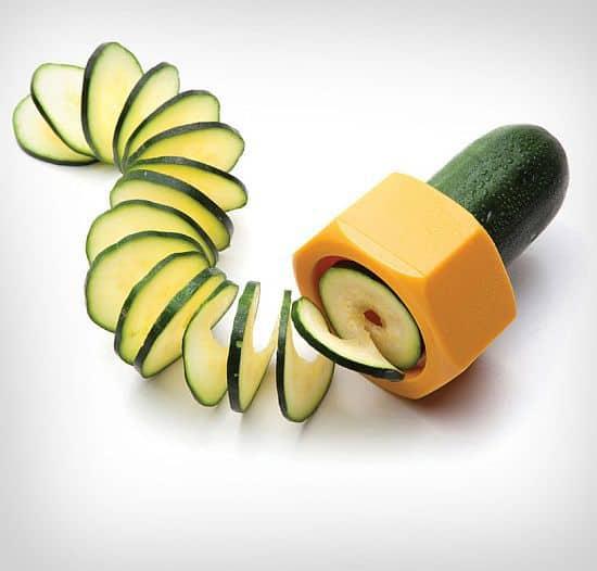 Cucumbo A Cucumber Spiral Slicer