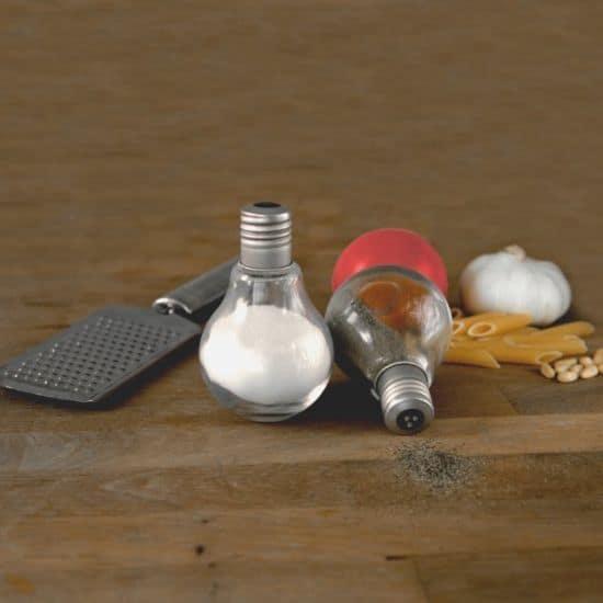 Salt'n'Pepper Light Bulbs
