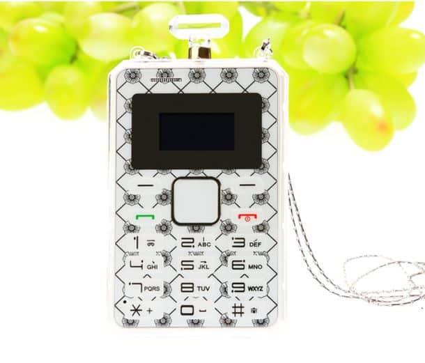 Кардфон AEKU K8 в форме флакона для духов