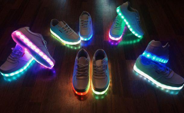 Светодиодные кроссовки с LED подсветкой