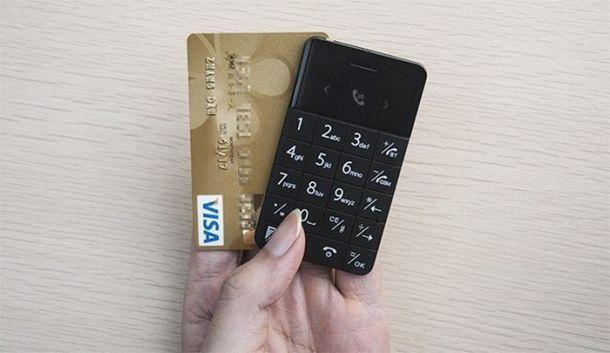 14 телефонов размером с кредитную карту