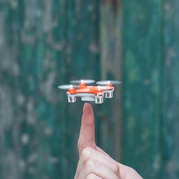 Nano дрон