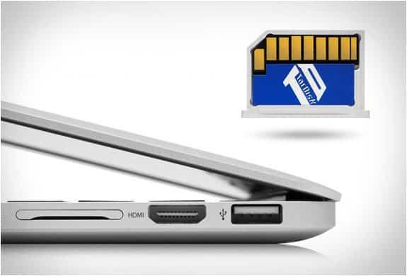 Карточка памяти для увеличения ёмкости диска MacBook Pro