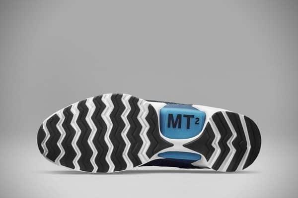 Кроссовки с автоматической шнуровкой от Nike