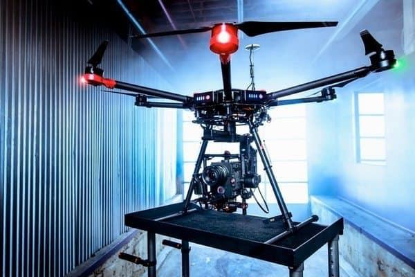 Дрон для профессиональной видеосъёмки DJI Matrice 600