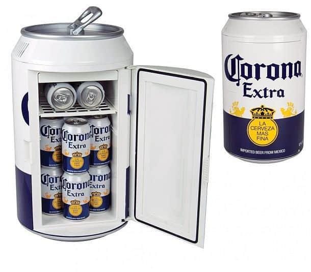 Холодильник в форме пивной банки