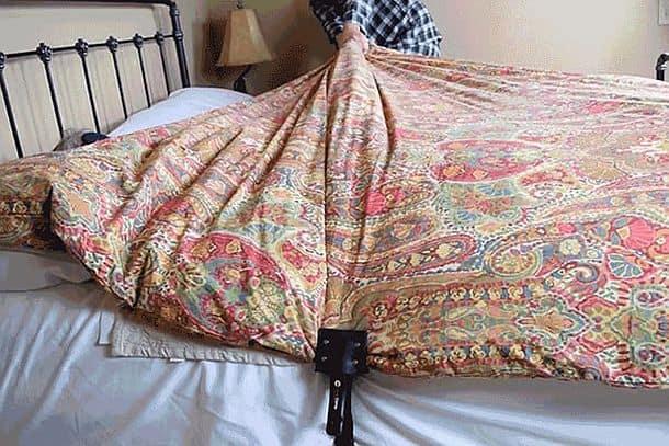 Зажим для фиксации одеяла Cover Clamp