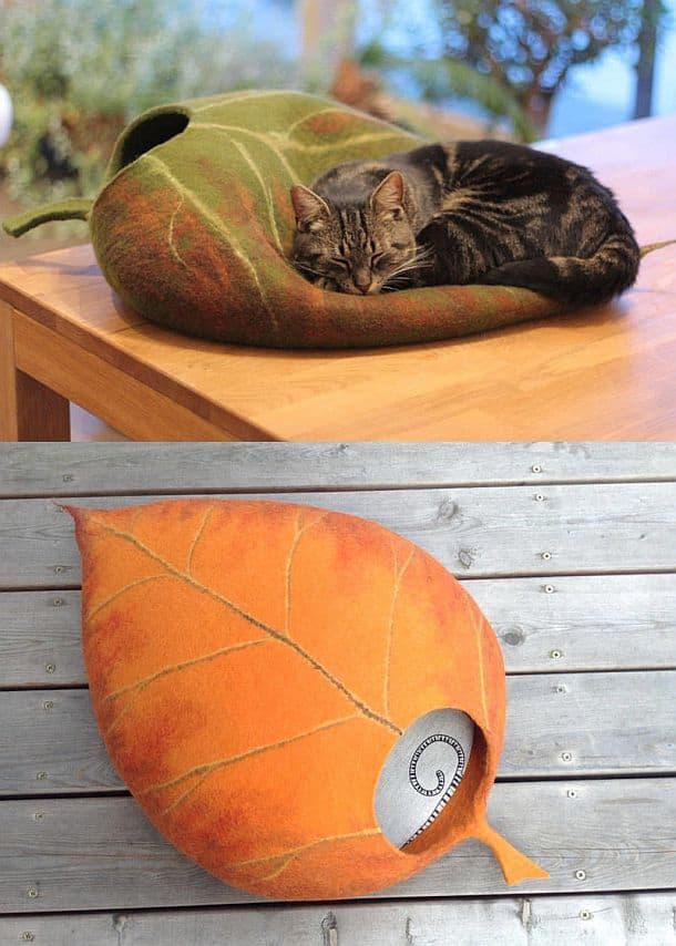 Кошачьи домики в виде валунов и листьев