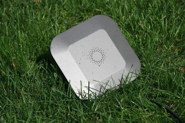 Умный контроллер для полива Blossom