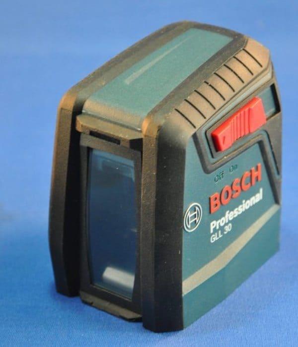 Портативный лазерный нивелир Bosch GLL 30