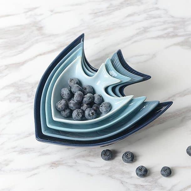 Комплект посуды в форме рыбок