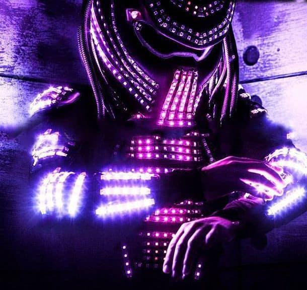 Костюм с программируемой светодиодной подсветкой «Хищник»