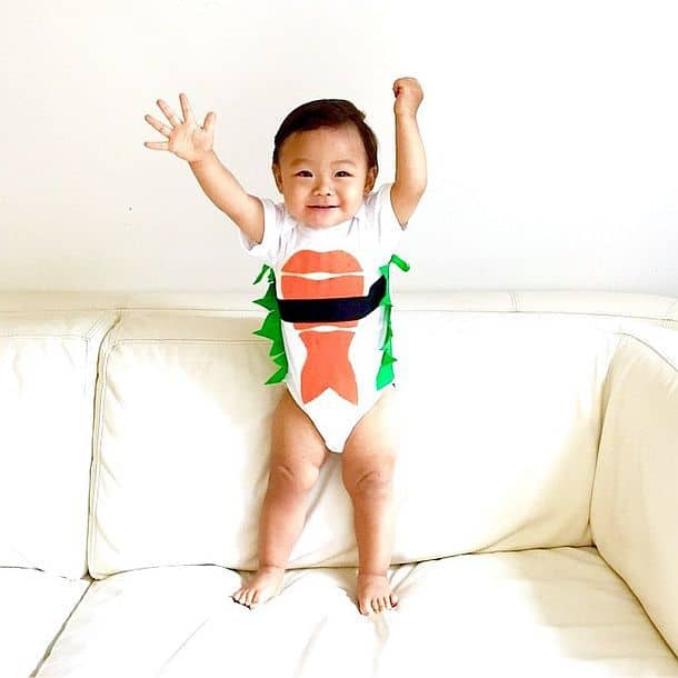 Костюм для ребенка в виде суши