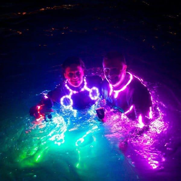 Светодиодный костюм для флайбординга
