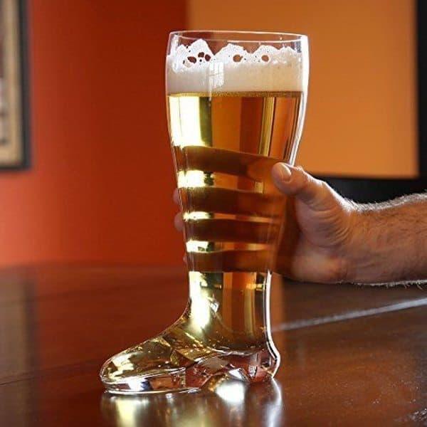 Пивной бокал в виде сапога