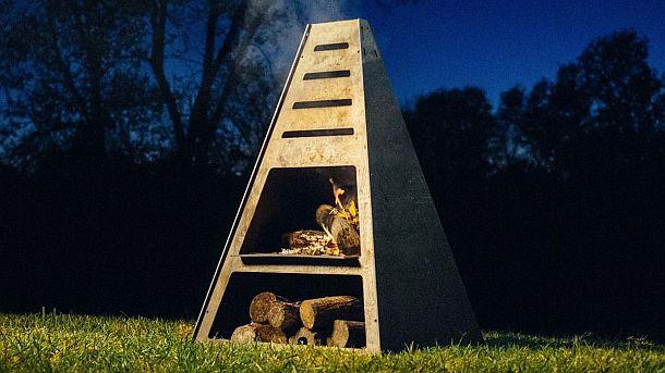 Гриль - огненная пирамида Blaze