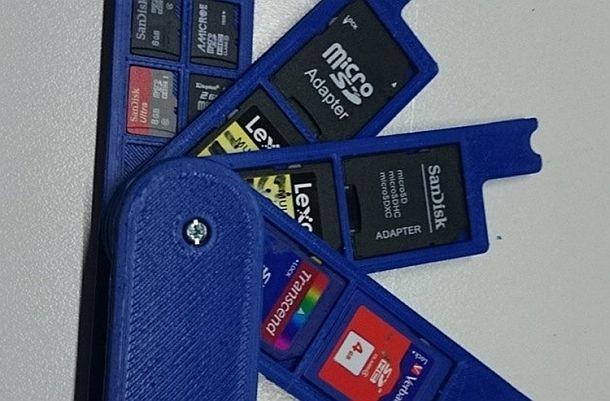 Карманный органайзер для карт памяти