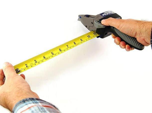 Многофункциональный резак с измерительной рулеткой Maximum Drywall Axe