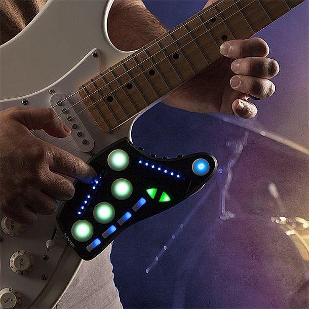 Мультифункциональный портативный гитарный контроллер