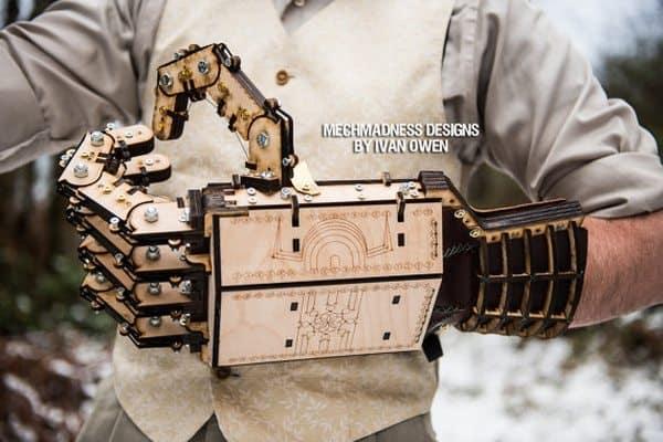 Большие механические руки из фанеры Gepetto's Folly
