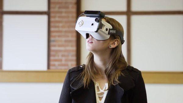 VR-очки Occipital Bridge для iPhone