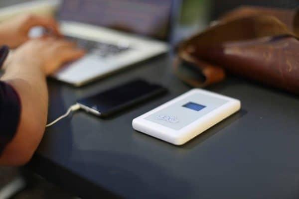 Безроуминговый 4G-роутер для путешественников GeeFi