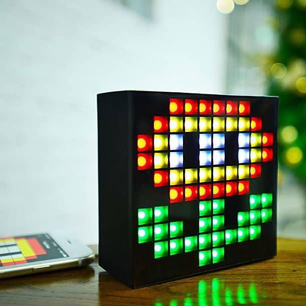 Беспроводная колонка с программируемым LED дисплеем AuraBox