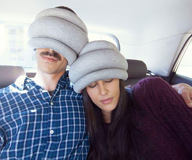 Дорожная подушка Ostrich Pillow Light