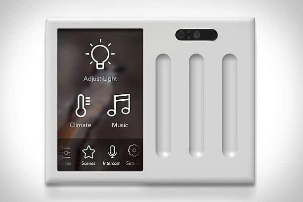 Контроллер для управления освещением в доме Brilliant Control