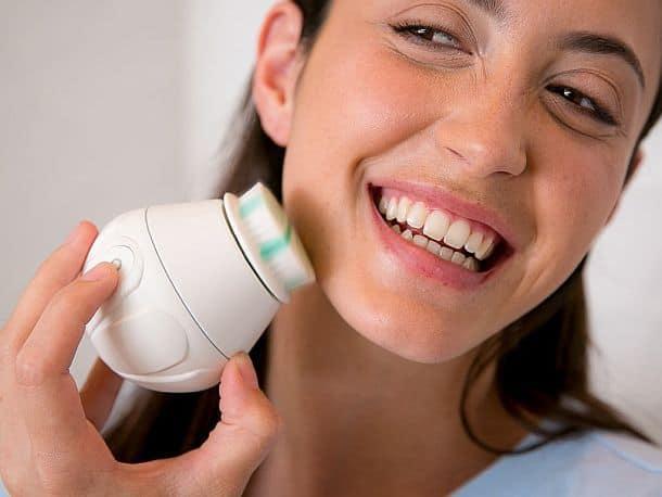 Электрическая щетка для чистки лица Aura Clean Orbital Facial Brush