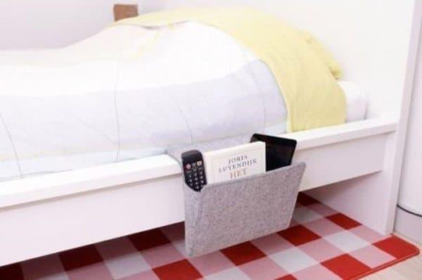 Карманный органайзер для кроватей от Kikkerland