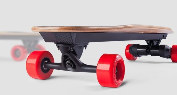 Скейтборд с двойным электродвигателем BenchWheel