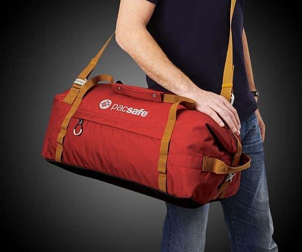 Дорожная сумка с защитой от воров Pacsafe