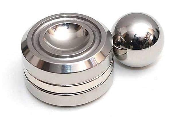 Магнитная игрушка для кинестетиков Orbiter