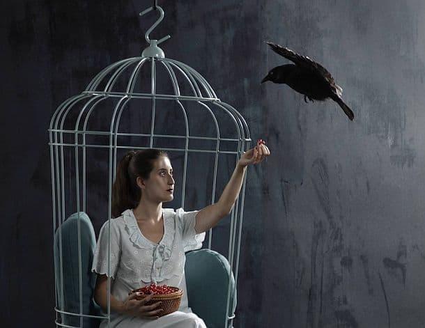 Подвесное кресло в виде клетки для птицы