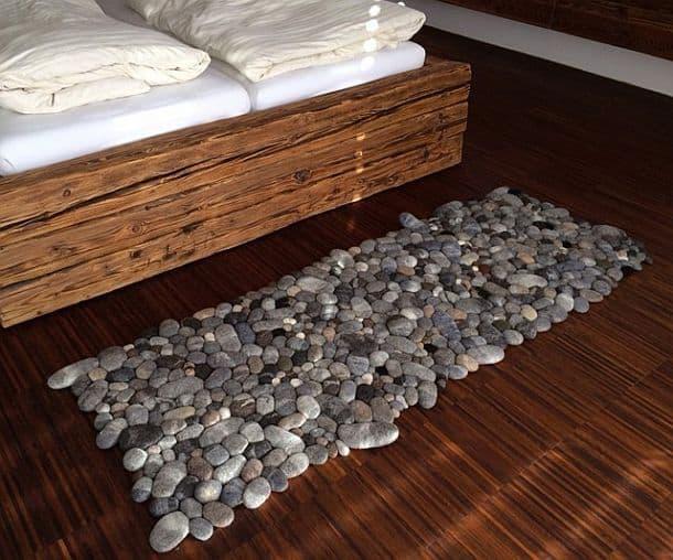 Прикроватный коврик из войлочных камней