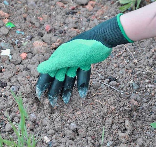 Садовые перчатки с насадками