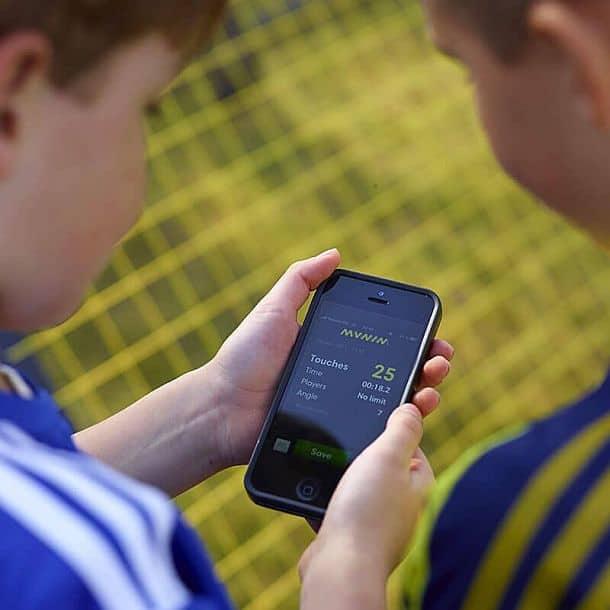 Тренажер для футболистов m-station Soccer Rebounder