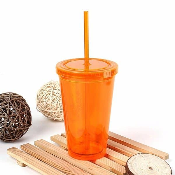 Многоразовый пластиковый стакан с крышкой и трубочкой