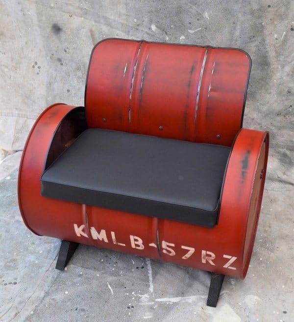 Мебель из нефтяных бочек